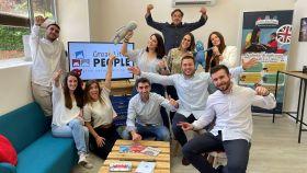 Equipo humano que hay detrás de la plataforma que democratiza el aprendizaje bilingüe en inglés de niños entre 2 y 8 años.