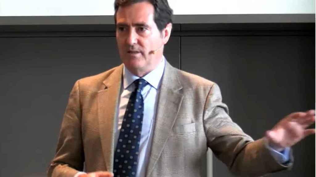 Garamendi pide que las mutuas vacunen de la Covid para acelerar un 30% las inoculaciones
