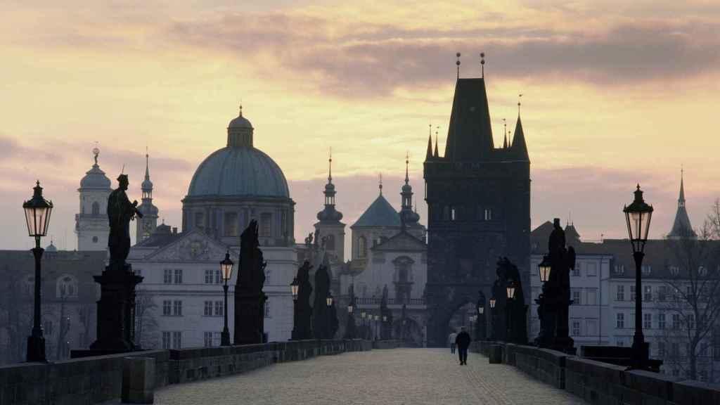 Imagen del puente de Carlos, en Praga.