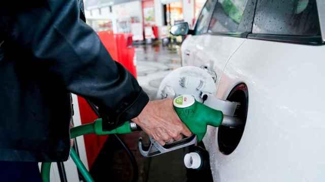Seleccionar las gasolineras más baratas puede propiciar un ahorro anual de 250 euros