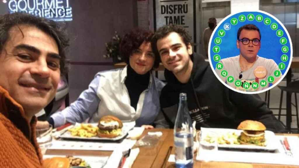 Pablo Díaz, cenando con sus padres.