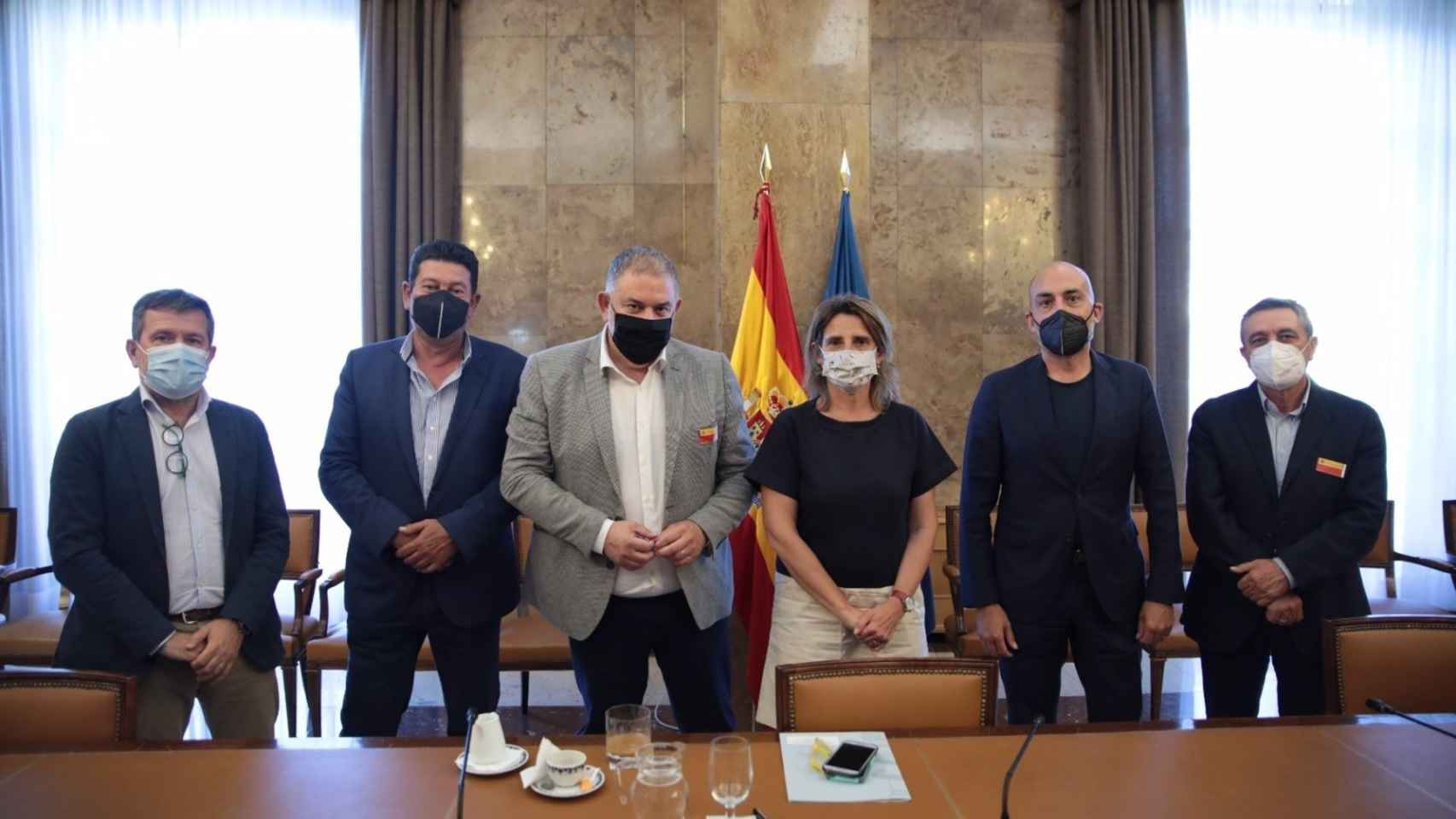 La ministra anuncia una multimillonaria inversión en las cuenca del trasvase Tajo-Segura