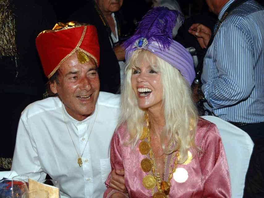 Gunilla junto a Luis en una fiesta en Marbella en el verano de 2010.