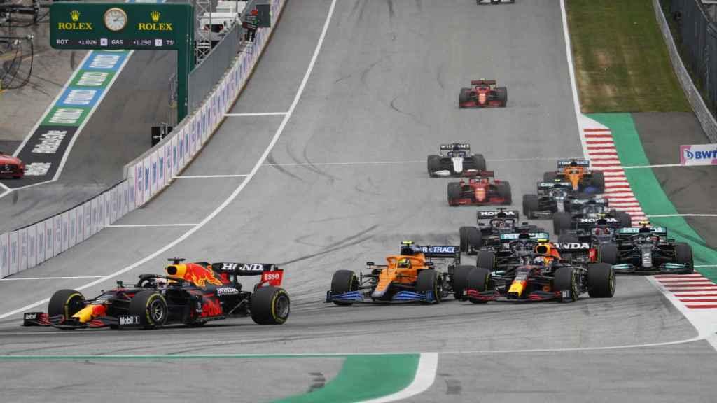 Verstappen lidera el Gran Premio de Austria