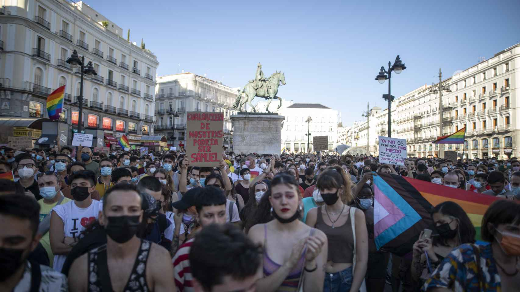 Miles de personas se manifiestan en Sol para recordar a Samuel, el joven asesinado en A Coruña
