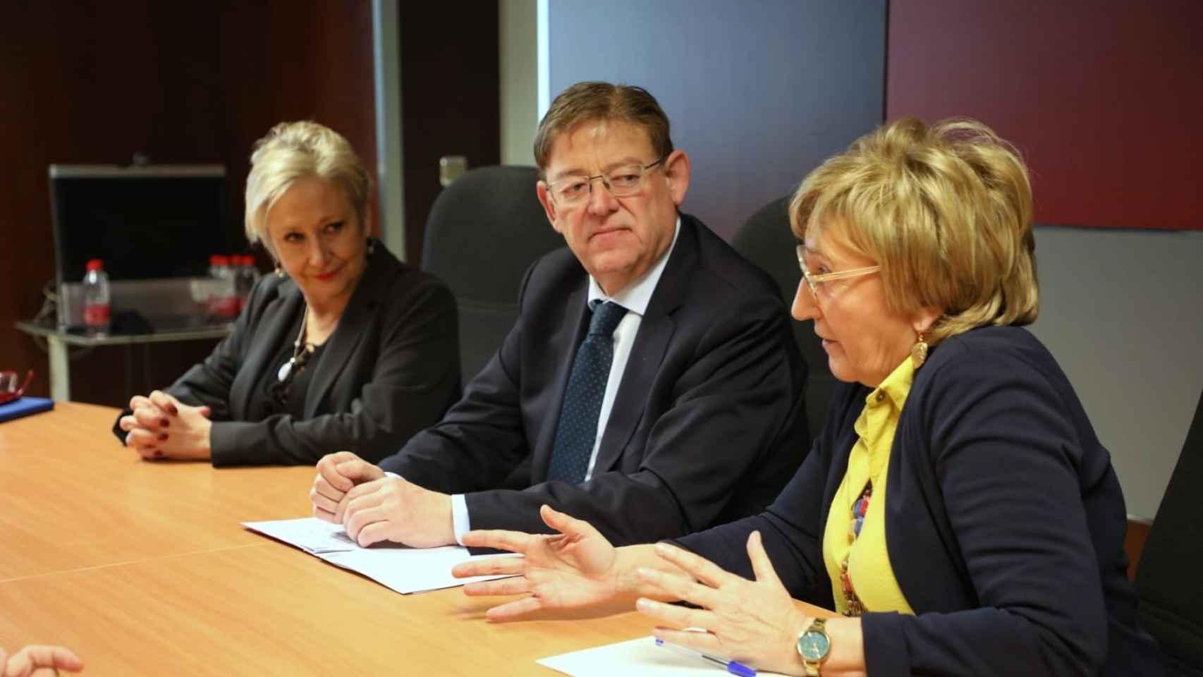 Visita de Puig y Barceló al Centro de Información y Coordinación de Urgencias (CICU) en marzo.