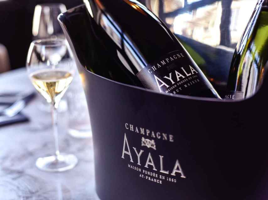 Champagne Ayala.