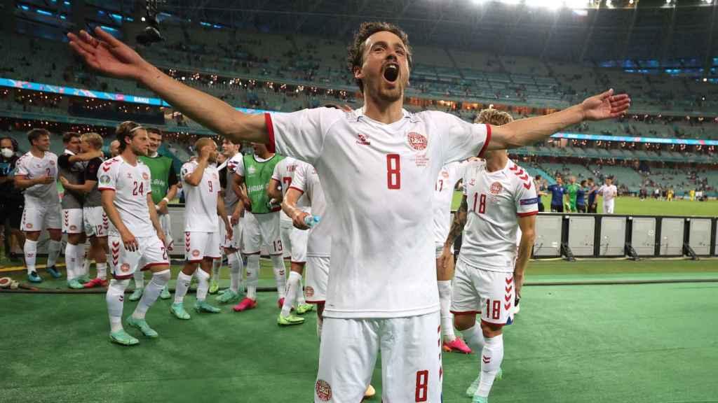 Delaney celebra el pase a semifinales de la Eurocopa de Dinamarca