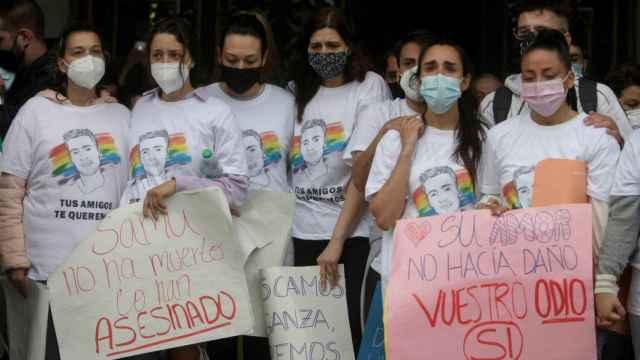 Asistentes a la concentración en A Coruña.