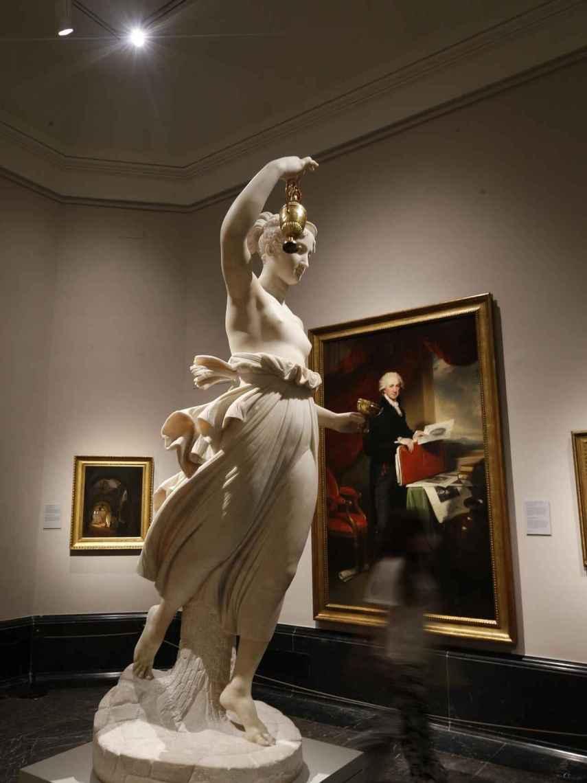Obra escultórica Hebe de Adamo Tadolini, y la pictórica Athony Morris Storer de Martin Archer Shee, expuestas en el Museo del Prado.
