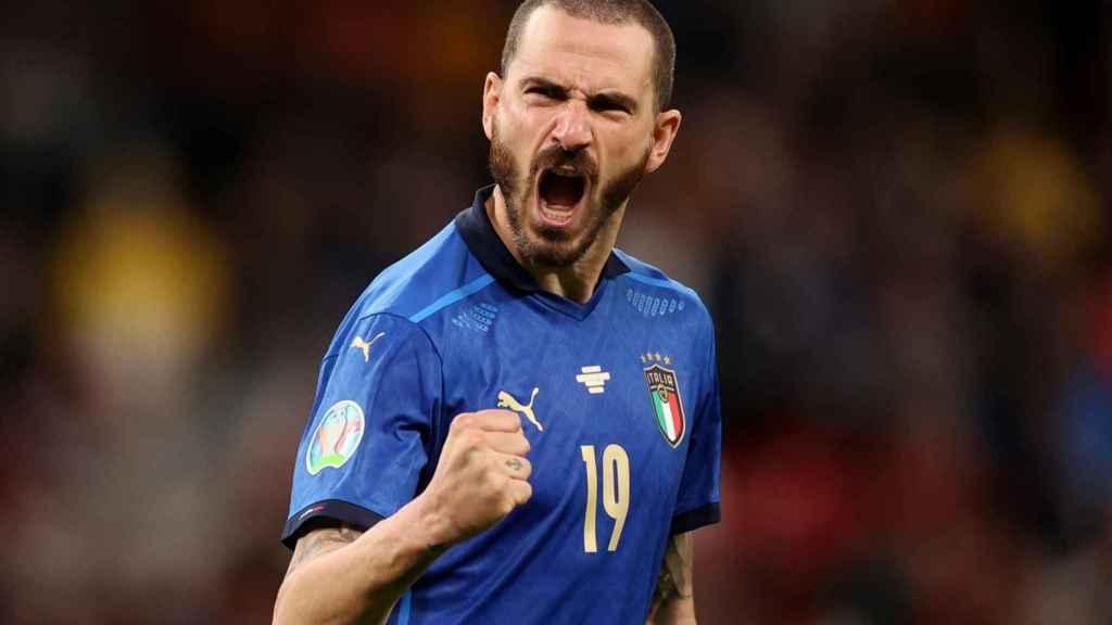Leonardo Bonucci celebra su gol en la tanda de penaltis