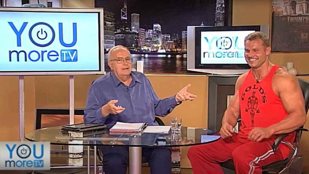 José Luis Moreno y su testaferro, el actor porno checo Martin Czehmester.