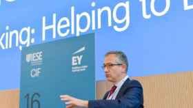 Pablo Hernández de Cos, gobernador del Banco de España, durante su intervención en el Encuentro Bancario del IESE.