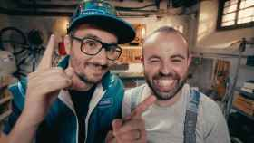 Los cómicos Jair Domínguez y Peyu conducen 'Bricoheroes'.