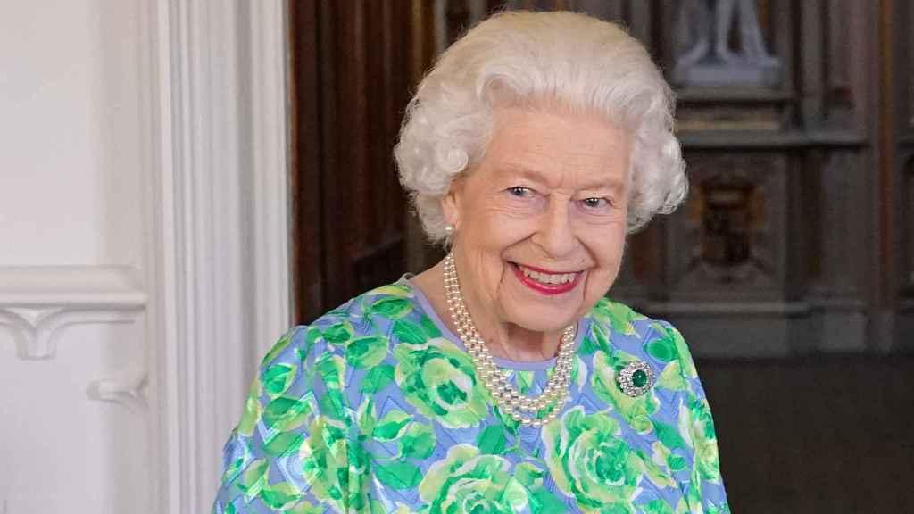 La reina Isabel II está mostrando su mejor cara en los últimos actos públicos.