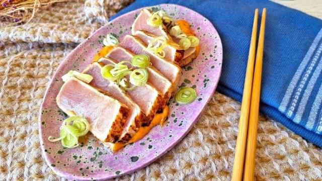 Tataki de bonito con mahonesa picante, una receta en 10 minutos