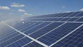 Planta fotovoltaica. Imagen de archivo