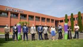 Los responsables de IREC y Eurecat, durante la presentación de Battech.