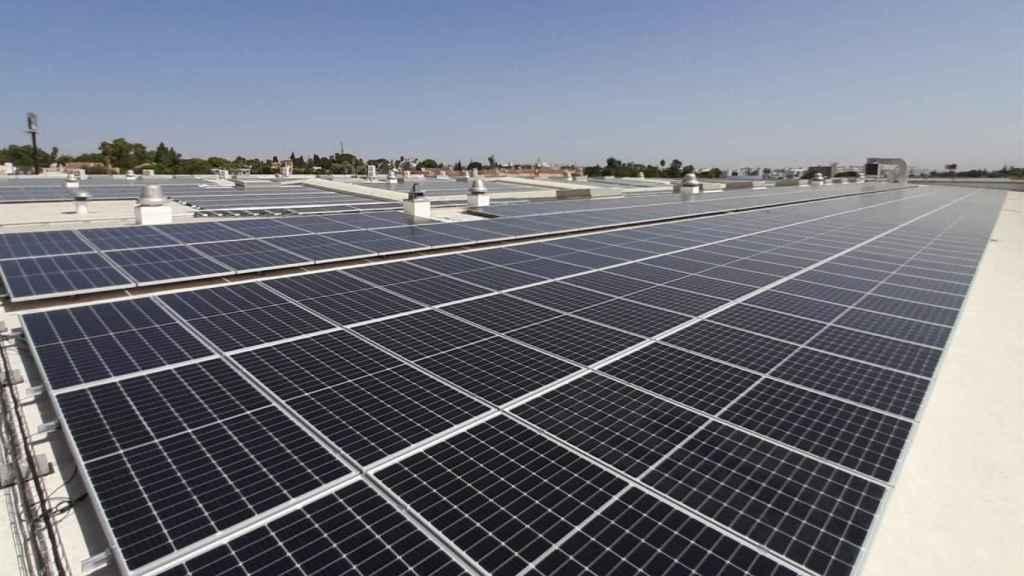 Iberdrola construirá y operará para Lactalis una planta fotovoltaica de autoconsumo