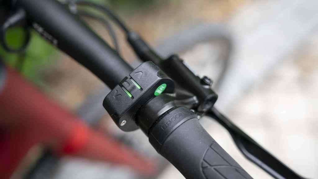 La bicicleta ofrece hasta tres modos de apoyo al pedaleo que se controlan en el manillar.
