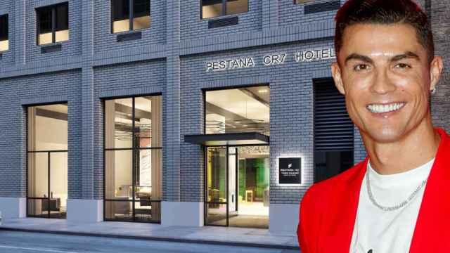 Cristiano Ronaldo junto a su hotel en Nueva York en un montaje de JALEOS.