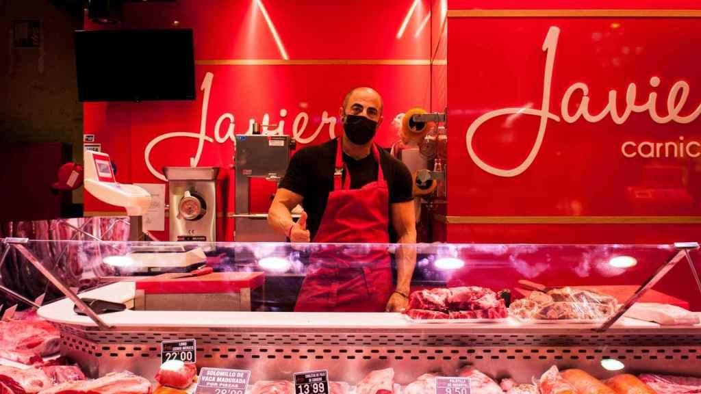 Javier, dueño de la carnicería con su mismo nombre.
