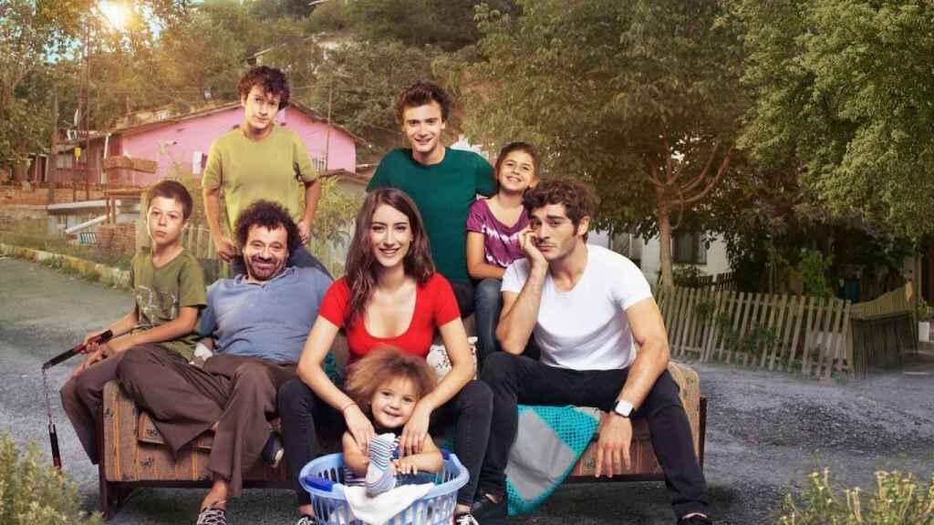 De qué va 'Nuestra historia', la nueva turca de Divinity con la actriz de 'El secreto de Feriha'