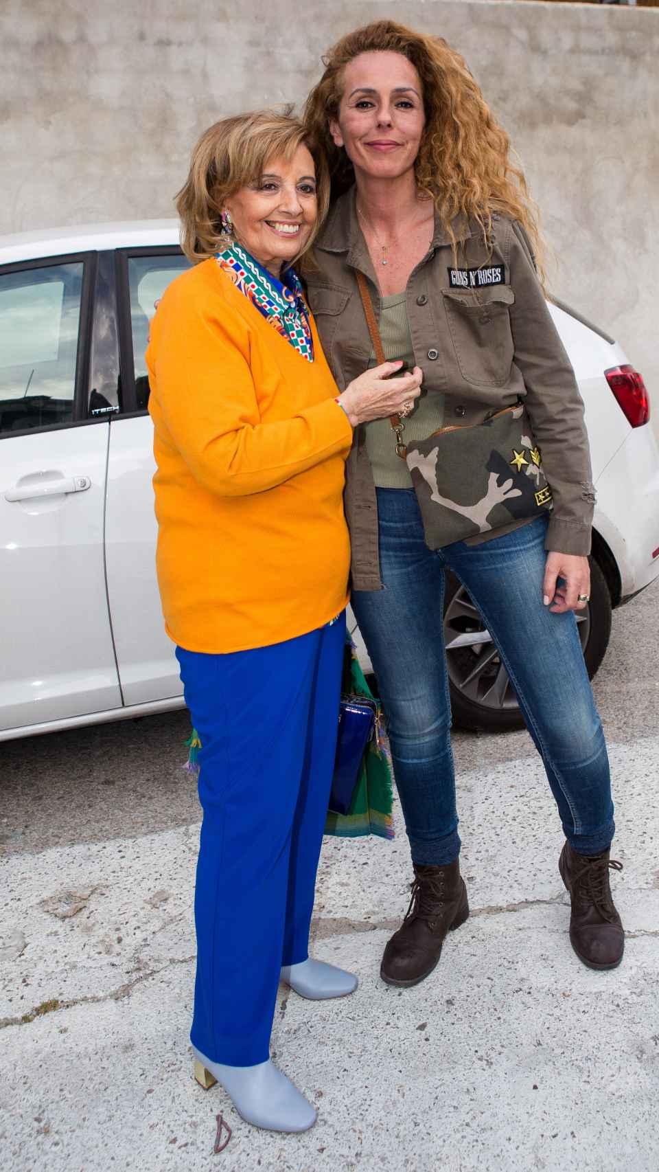 María Teresa Campos y Rocío Carrasco en las calles de Madrid.