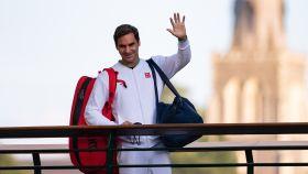 Roger Federer despidiéndose de Wimbledon