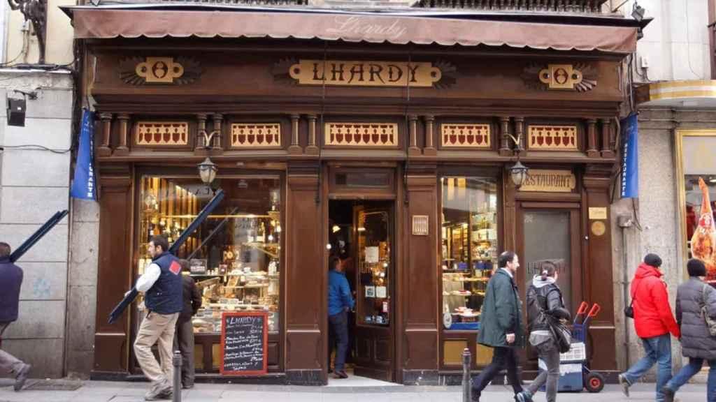 La fachada de Lhardy, histórico restaurante de Madrid.