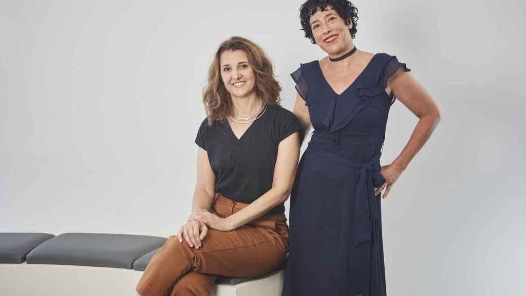 Marta Sánchez y Olatz Arroyo son las creadoras de 'Supernormal', la nueva comedia de Movistar+.