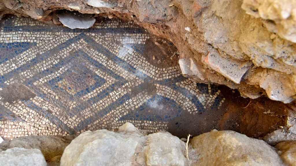 Detalle del mosaico hallado en el Patio de los Naranjos.