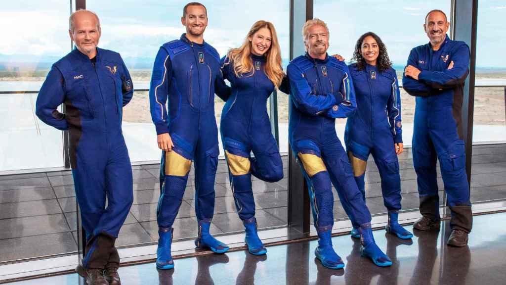 Equipo de astronautas que irán en el lanzamiento