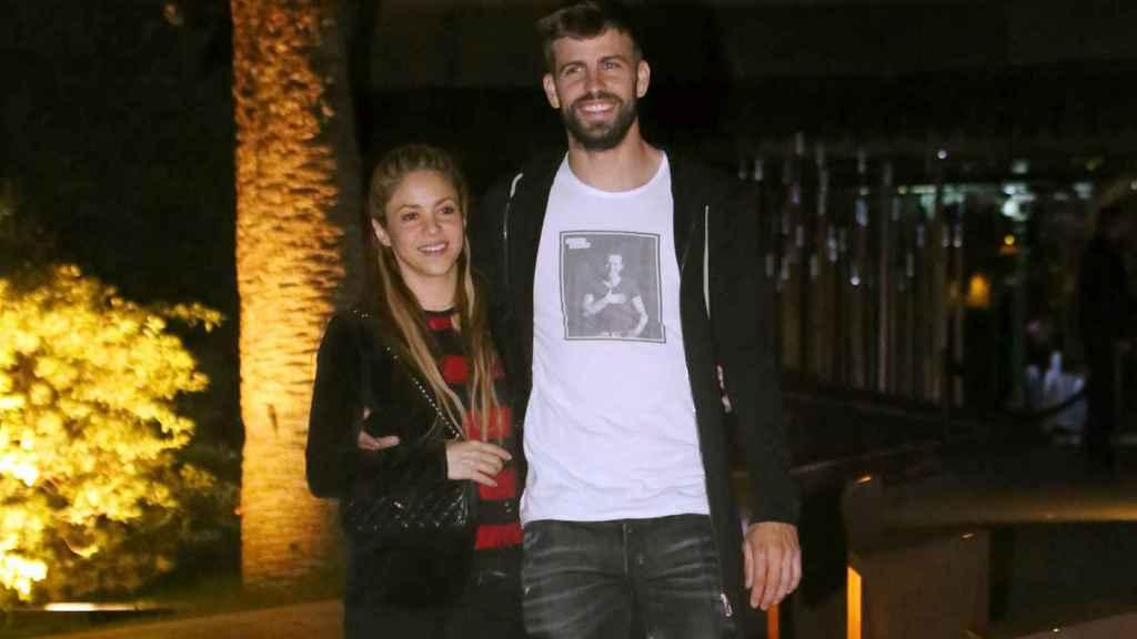 Shakira y Piqué en las calles de Barcelona.