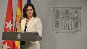 Isabel Díaz Ayuso, en rueda de prensa tras su encuentro con Pedro Sánchez en Moncloa.
