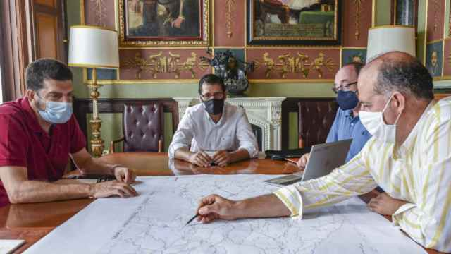 Reunión para la firma del proyecto. Foto: Diputación de Ciudad Real.