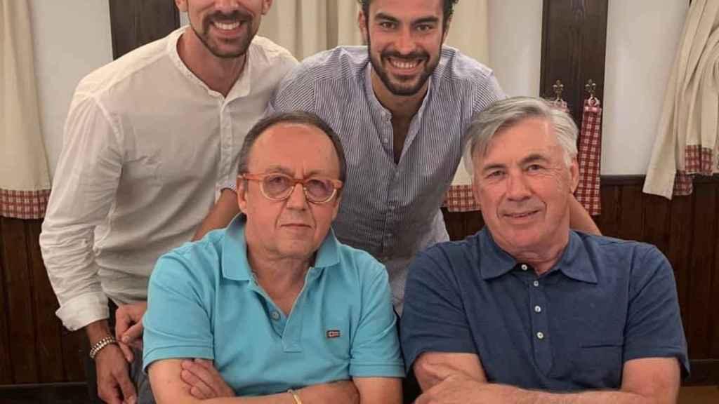 Danilo Manari, nuevo cardiólogo del Real Madrid, junto a Ancelotti