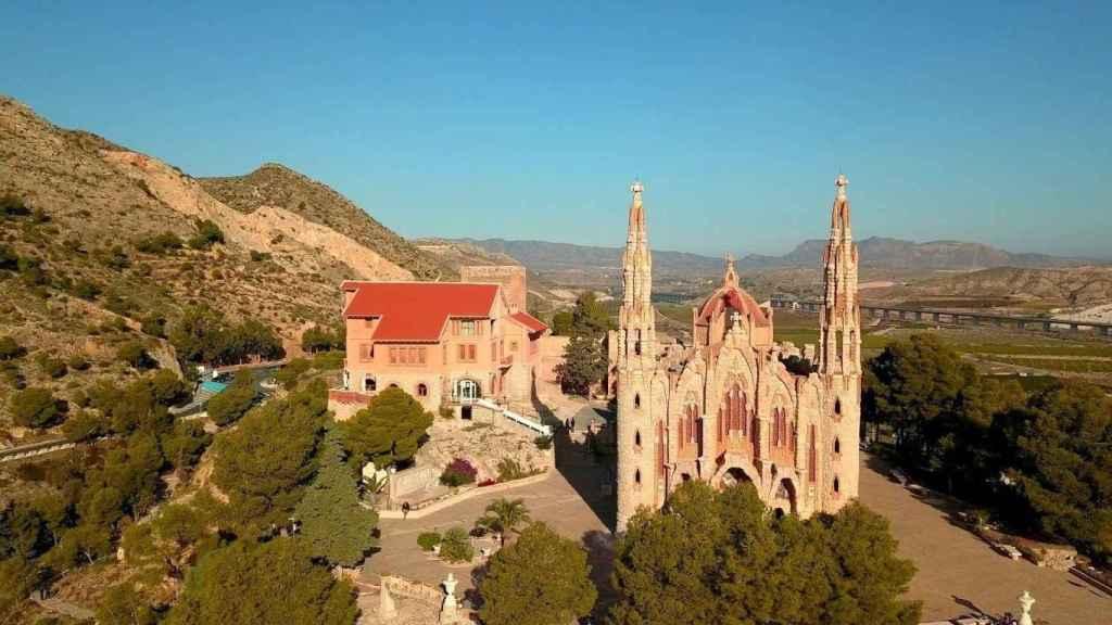 El Santuario de María Magdalena en Novelda se mandó a construir en 1918.