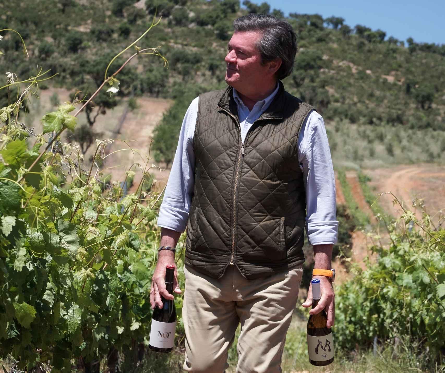El enólogo Ignacio de Miguel en el viñedo de Bodegas NOC.