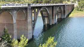 Puente del embalse de Entrepeñas, Guadalajara. Foto: EDCM