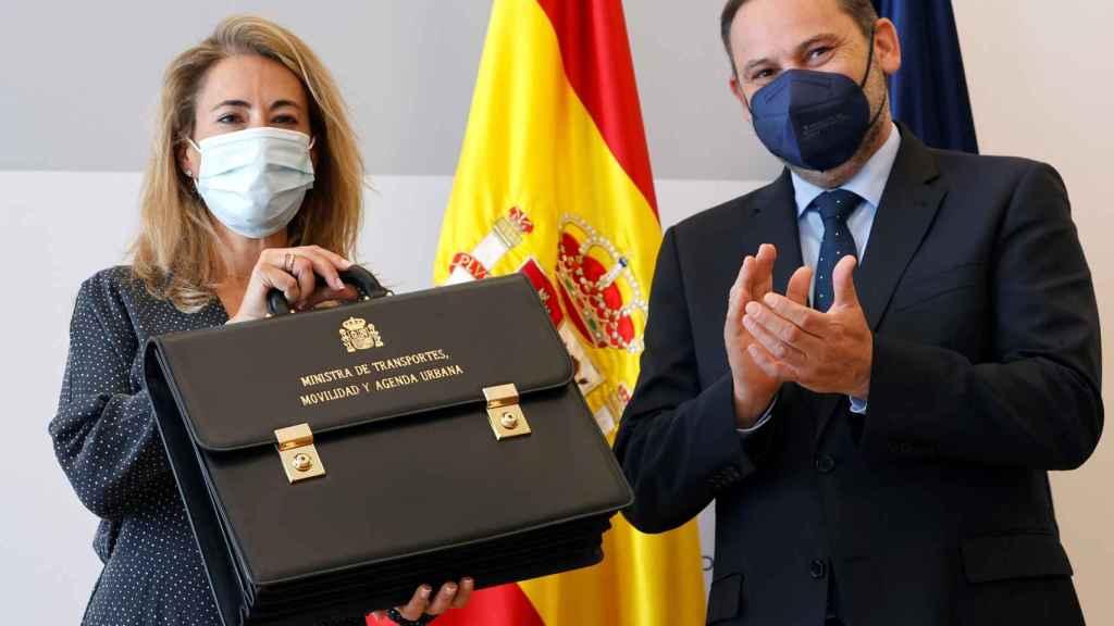Raquel Sánchez, ministra de Transportes, Movilidad y Agenda Urbana, recibe la cartera de su antecesor, José Luis Ábalos.