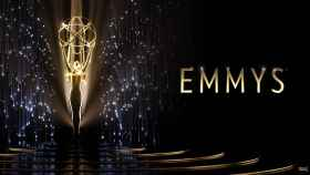 Imagen oficial de la edición 73 de los Premios Emmy.