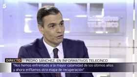 Pedro Sánchez, durante su entrevista en Informativos Telecinco.