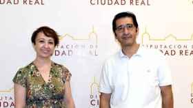 Elena García y José Manuel Caballero, alcaldesa de Socuéllamos y presidente de la Diputación de Ciudad Real, respectivamente