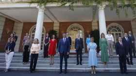 Foto de familia del nuevo Gobierno de Pedro Sánchez. Efe