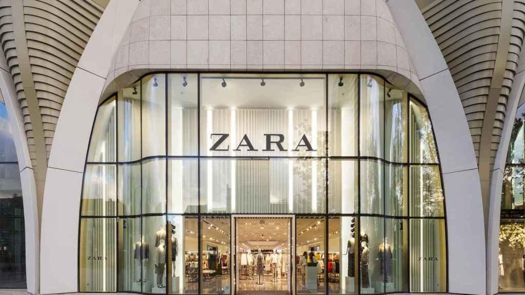 Fachada de una de las tiendas de Zara.