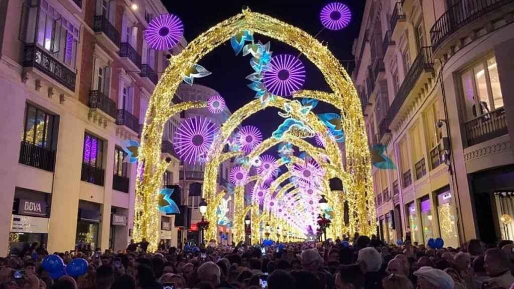 Imagen de archivo de las luces de Navidad en la calle Larios de Málaga.