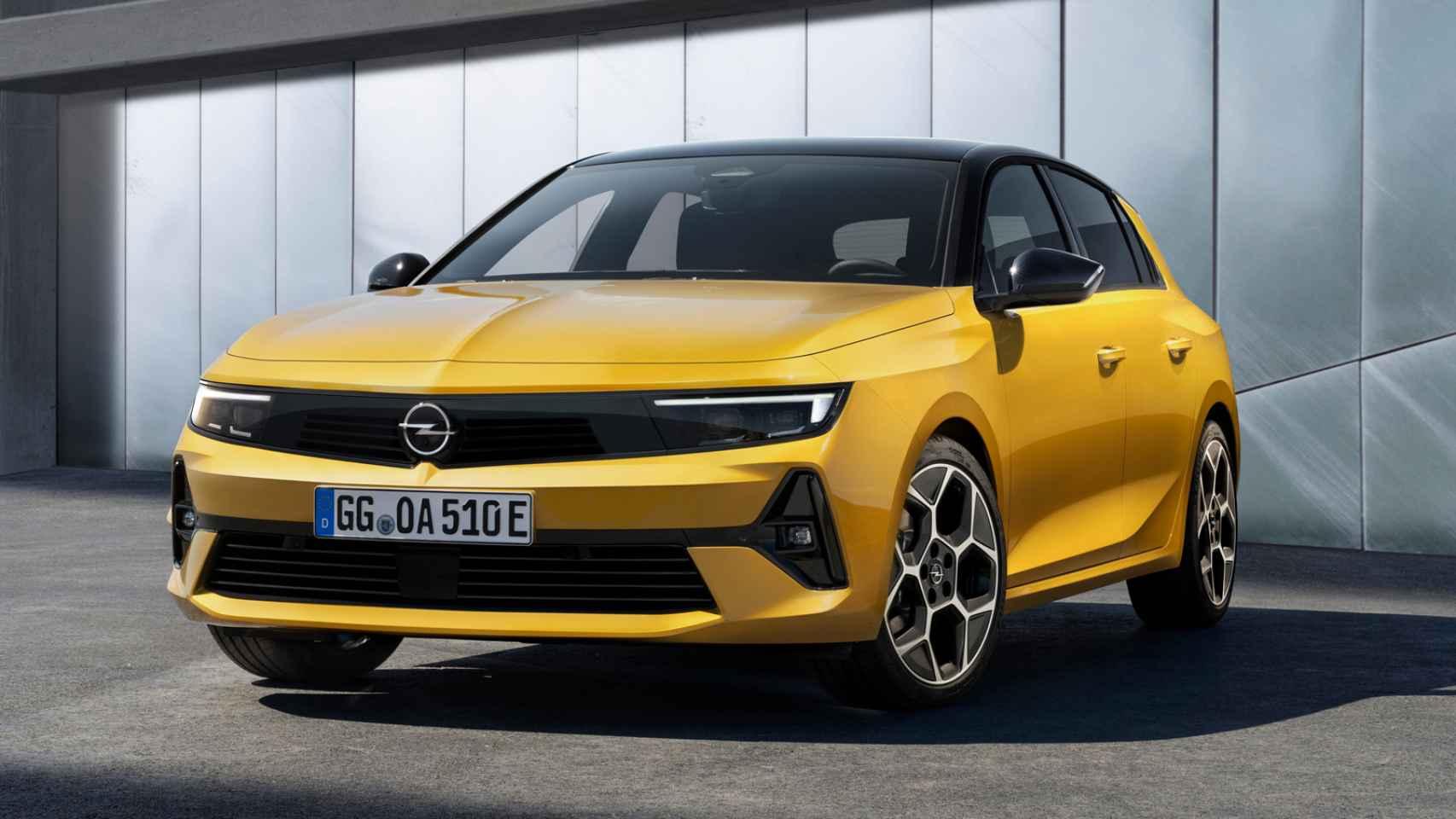 El nuevo Opel Astra llegará a los concesionarios en 2022.