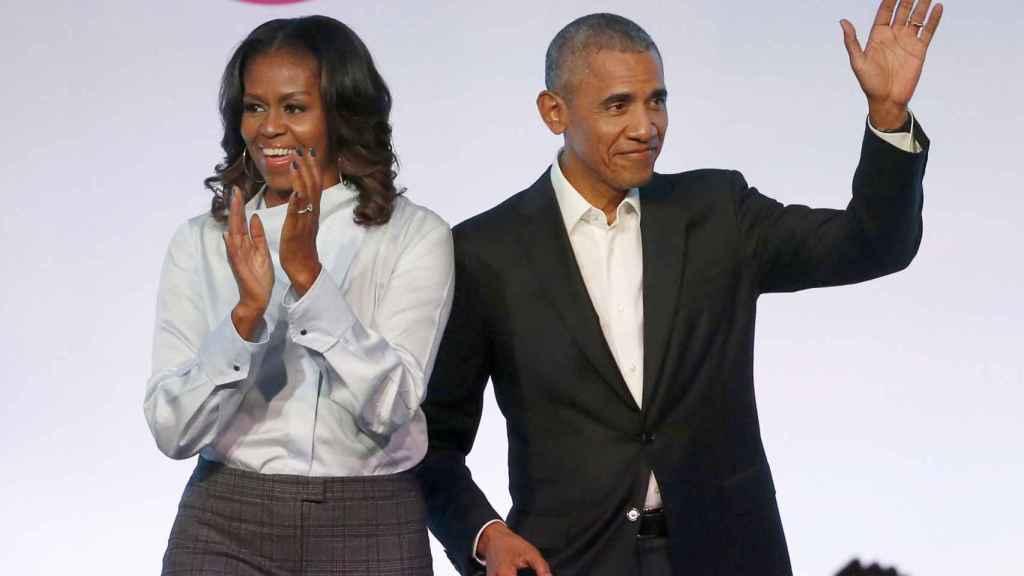 Barack y Michelle Obama seguirán produciendo contenido para Netflix.