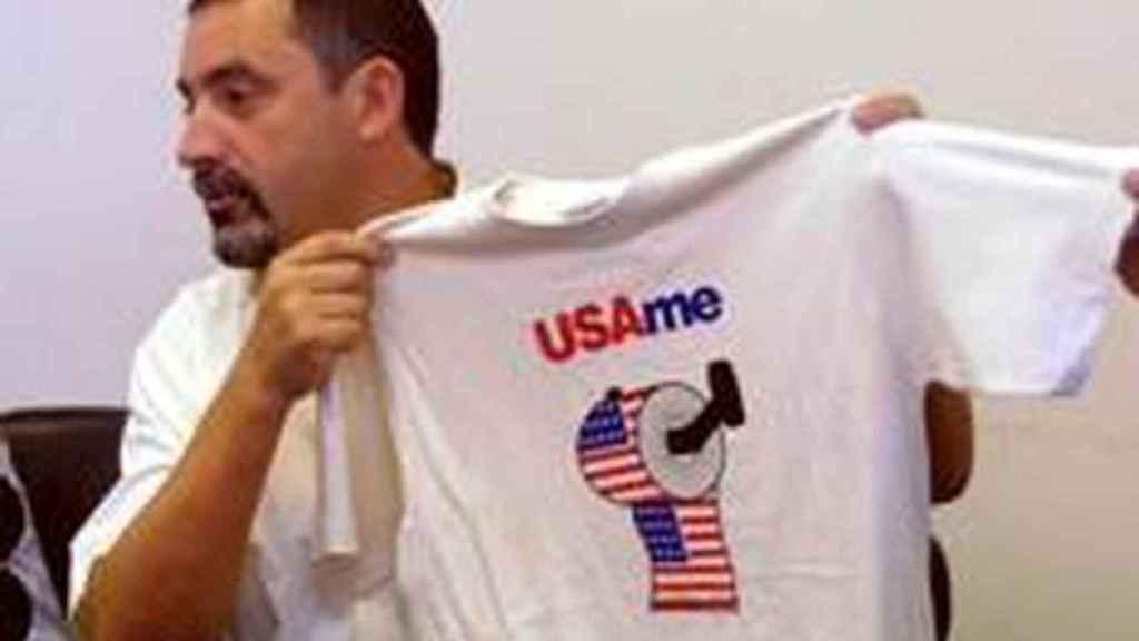 Gelo con una camiseta contra Estados Unidos durante la Guerra de Irak.